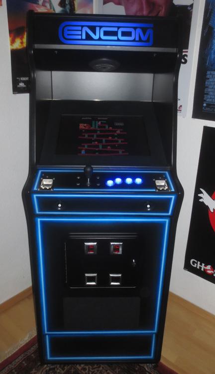 Arcade- Videospiel Frontansicht