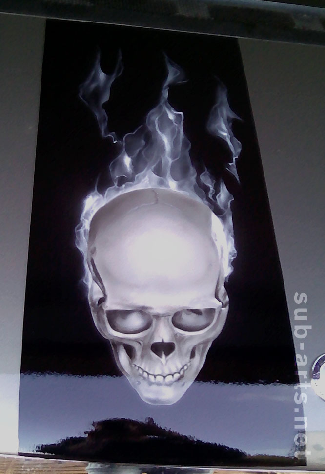 folie-skull-car-tattoo-airbrush